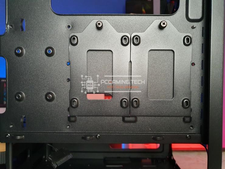 Riotoro CR400 alloggiamenti ssd camera esterna