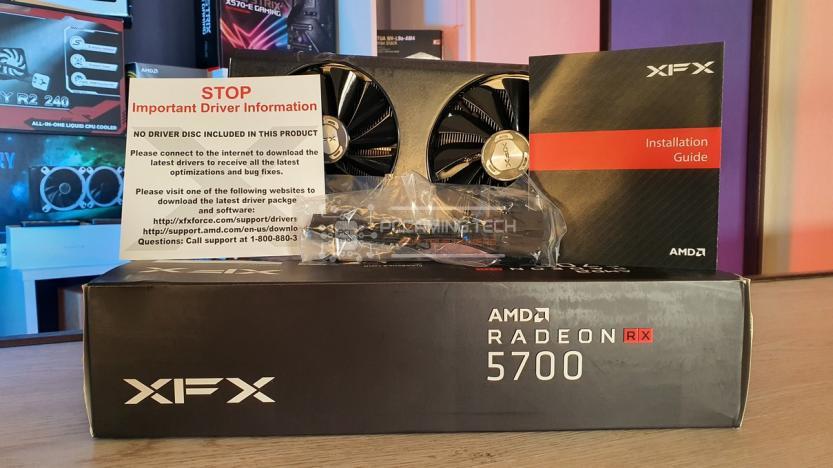 XFX RX 5700 DD ULTRA contenuto della confezione